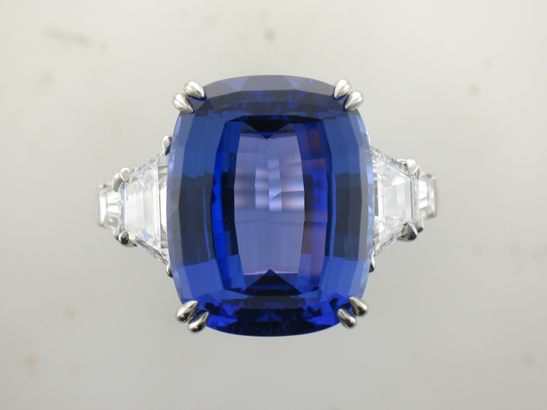 Sapphire and Diamond 5 Stone Platinum Ring